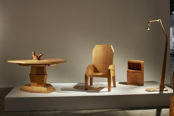 деревянная мебель от Hermann Razenberger для Franck Laigneau