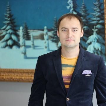 Совладелец аукционного дома «Золотое Сечение» Михаил Василенко / Фото: artslooker.com
