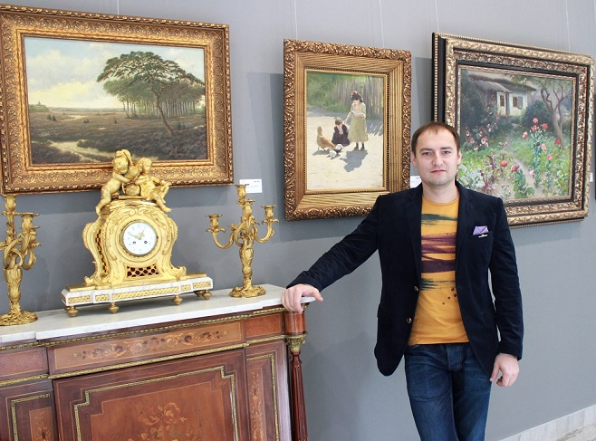 "Co-Founder of auction House ""Golden Section"" Mykhailo Vasylenko / Photo: artslooker.com"