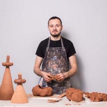 Скульптор Юрій Мусатов