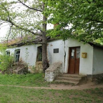 Будинок легендарного композитора Миколи Леонтовича, який потребує негайної реставрації