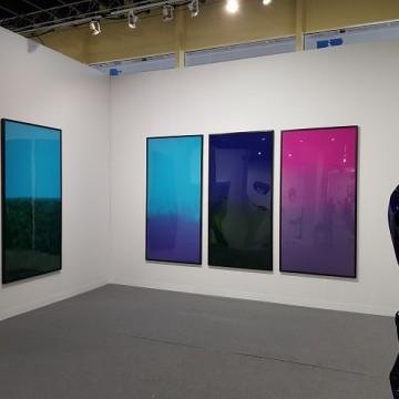 Стенд Voloshyn Gallery проекту Михайла ДеякаSpace та Genesis на VOLTA NY 2018 / Фото: voloshyngallery.art
