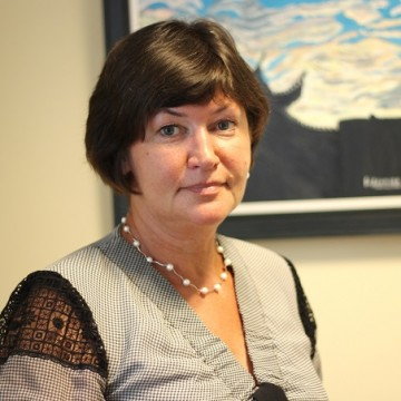 Ірина Акімова, художниця, автор інсталяцій та лідер Української асоціації жіночих досліджень у мистецтві (UAFRA)