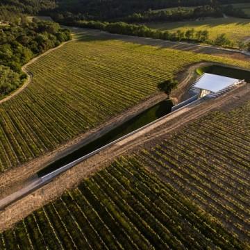 Зал сучасного мистецтва на території винограднику Шато Ла Кост / Фото: Stéphane Aboudaram