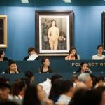 Торги на китайському ауціоні Poly Auction / Фото: huffingtonpost.co.uk