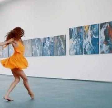 Стоп-кадр з кліпу Валерія Меладзе«Свобода или сладкий плен» / Фото: artslooker.com