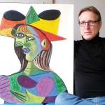 Артур Бранд зі знайденою картиною Пабло Пікассо